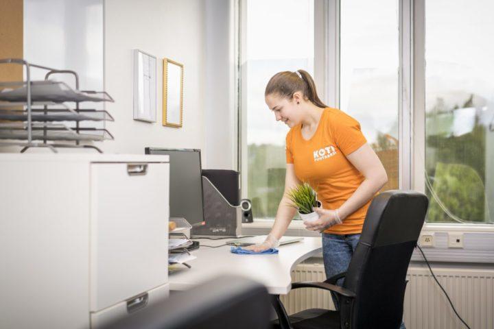 Silja Tyni, Koti puhtaaksi -yrittäjä huolehtii että oma ja työntekijöiden jaksaminen on hyvällä tolalla.