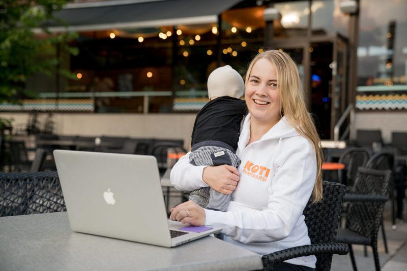 Saana Tyni on Koti puhtaaksi -yrityksen toimitusjohtaja.