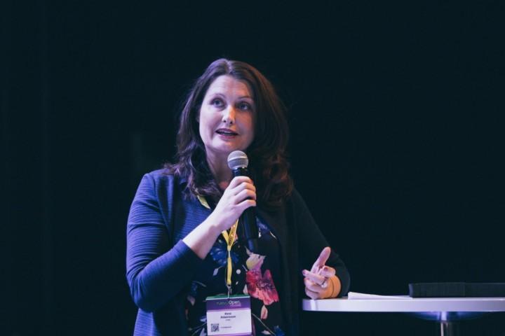 KPMG:n perhe- ja kasvuyritysten palvelujohtaja Kirsi Adamsson.